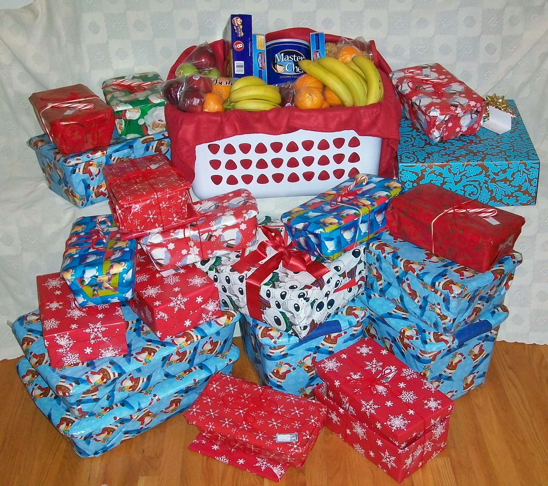 Christmas Shoe Boxes for Fauquier Shelter